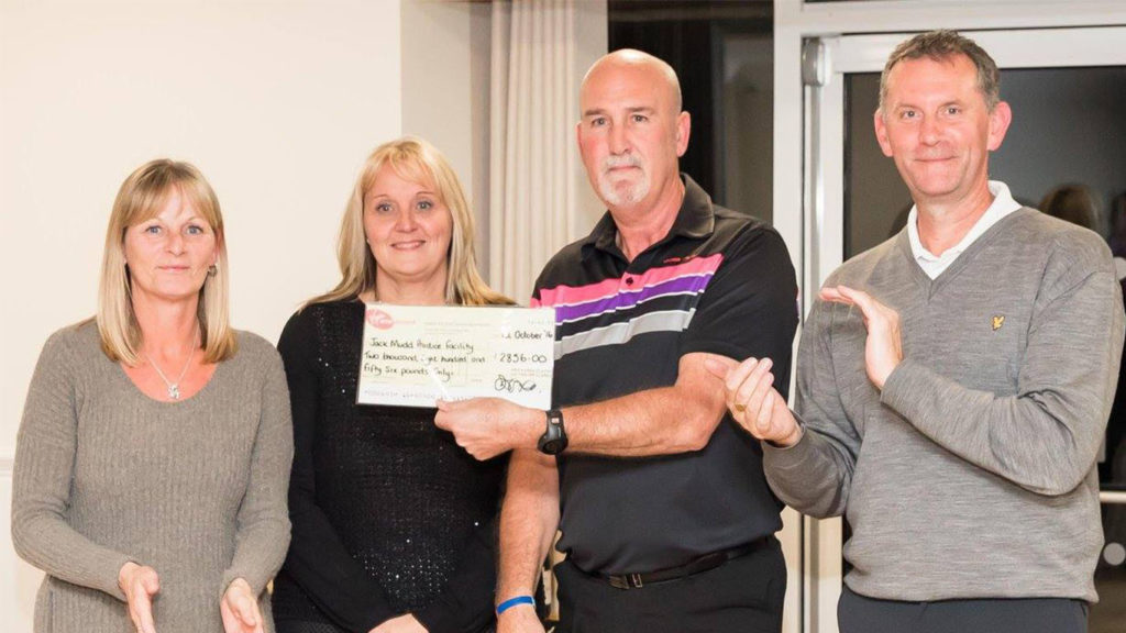Money raised at Stevenage Golf Club